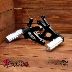 Forstunt steel rearsets + pegs